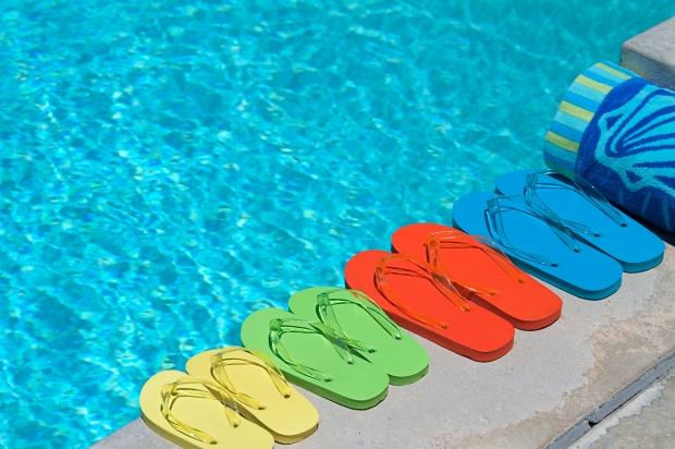 FlipFlops_pool.jpg